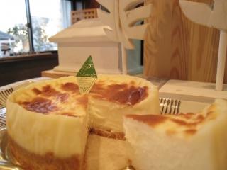 ベイクドメロウチーズケーキ